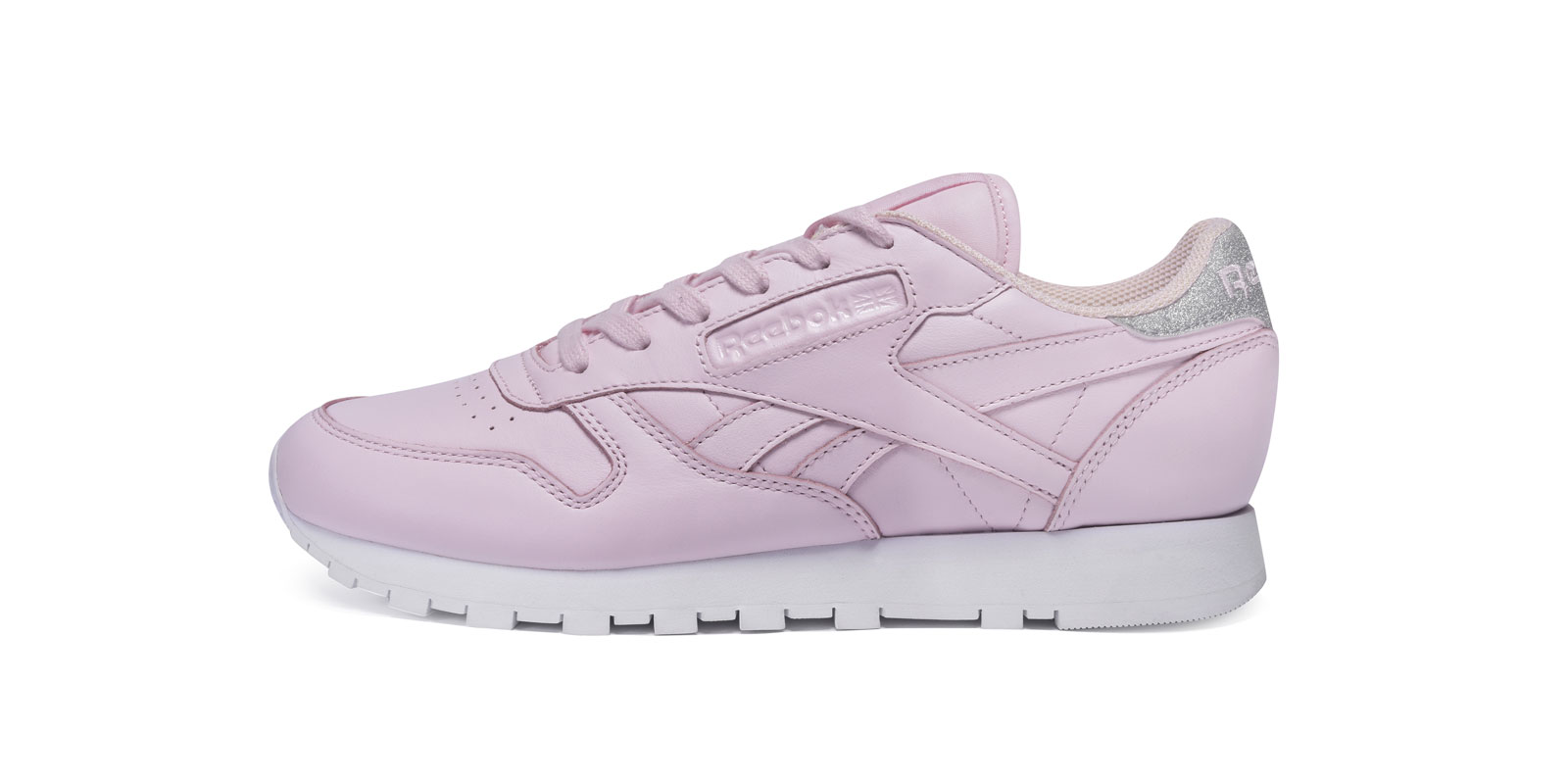 High_1600_800@x3_0002_Reebok-Classic--Leather-Diamond-Porcelain-Pink-Silver